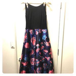 Gorgeous Formal Dress!
